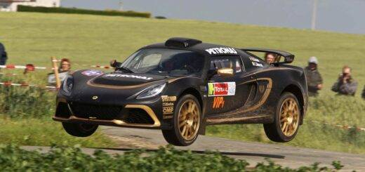 Lotus Exige R-GT in action